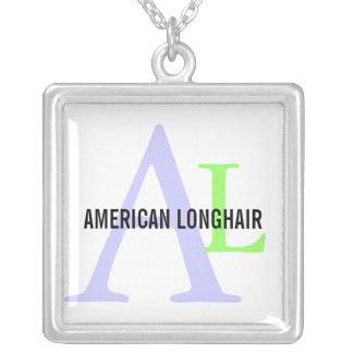 Diseño de pelo largo americano del monograma de la colgante cuadrado