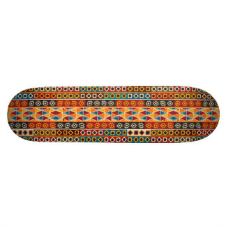Diseño decorativo colorido del modelo del adorno tabla de skate