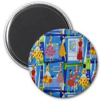 diseño del ama de casa de los años 50 imán redondo 5 cm