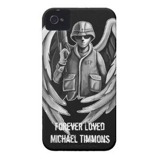 Diseño del ángel del soldado iPhone 4 Case-Mate cárcasas