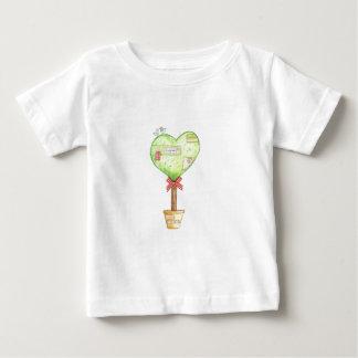 diseño del árbol del corazón del amor playeras