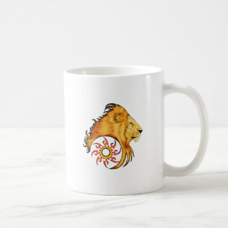 Diseño del arte del tatuaje del león taza