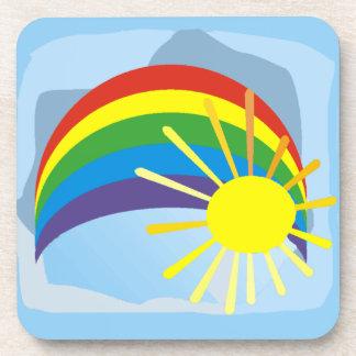 Diseño del arte pop del cielo del arco iris de la  posavaso