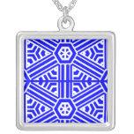 Diseño del azul y del blanco pendientes