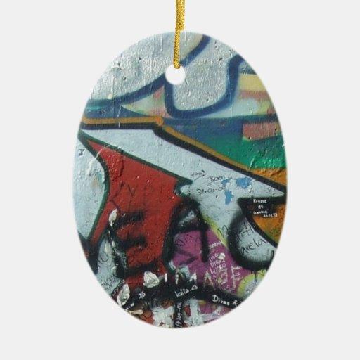 diseño del berlinwall adorno ovalado de cerámica