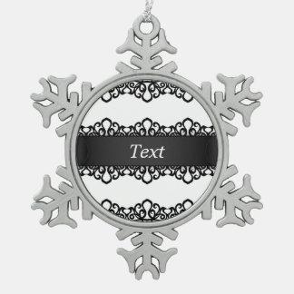Diseño del bordado del cordón del ornamento adorno de peltre en forma de copo de nieve