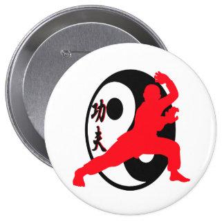 Diseño del botón de Kung Fu por el granero de Joe Pin Redondo De 4 Pulgadas