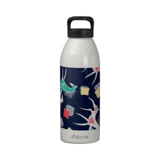 Diseño del caballo del vintage en la marina de botellas de beber