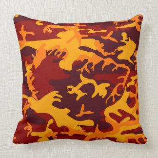 Diseño del camuflaje en tonos del otoño cojín