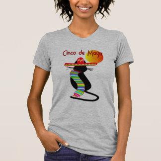 Diseño del CAT de Cinco de Mayo--Adorable Camisetas
