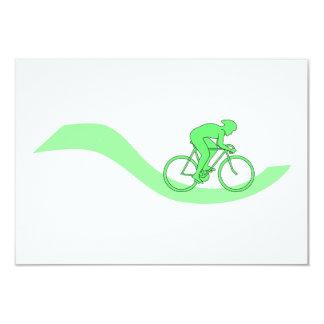 Diseño del ciclista en verde invitación 8,9 x 12,7 cm