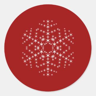 Diseño del copo de nieve en rojo oscuro y blanco pegatina redonda