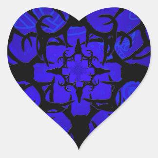 Diseño del cráneo de los ciervos en azul pegatina en forma de corazón