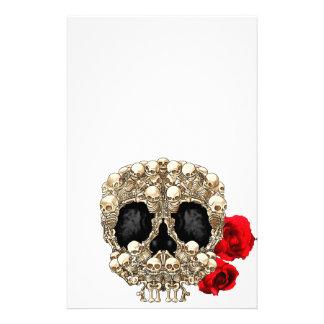 Diseño del cráneo - pirámide de cráneos y de rosas personalized stationery