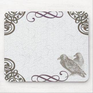 diseño del cuervo alfombrilla de ratón