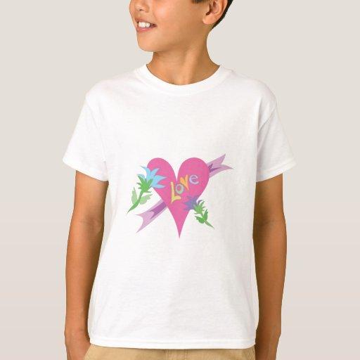Diseño del día de San Valentín del corazón del Remera