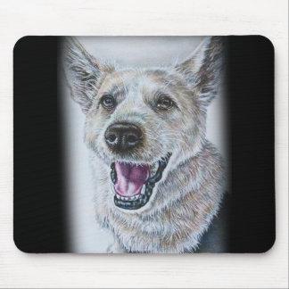 Diseño del dibujo del perro de sentar el perro alfombrillas de ratones