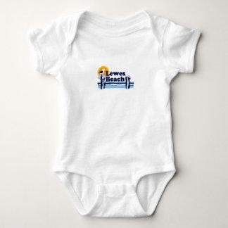 """Diseño del """"embarcadero"""" de la playa de Lewes T-shirts"""
