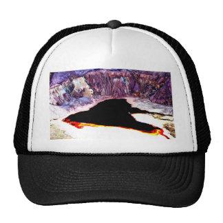 Diseño del extracto de la mina del hoyo de la lava gorras de camionero