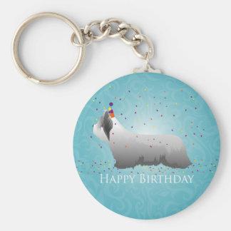 Diseño del feliz cumpleaños de Skye Terrier Llavero Personalizado