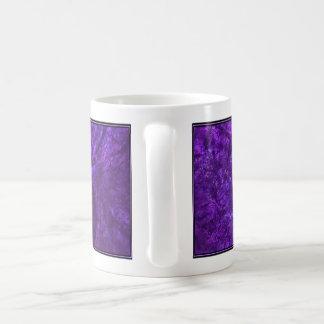 Diseño del fractal (Cyllene-I) en la taza de café