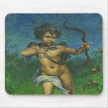 Diseño del fresco del Cupid Tapete De Ratón