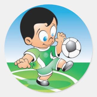Diseño del fútbol del niño pegatina redonda