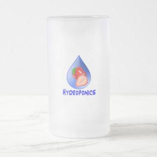 Diseño del hidrocultivo con descenso del azul de l taza cristal mate