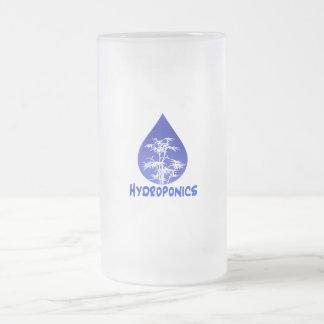 Diseño del hidrocultivo, descenso azul y árbol taza de cristal