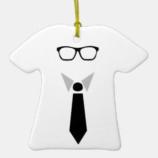 Diseño del hombre de negocios adorno de cerámica en forma de camiseta