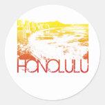 Diseño del horizonte de Honolulu Etiquetas Redondas