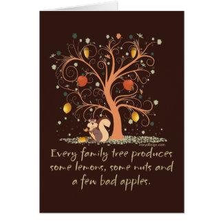 Diseño del humor del árbol de familia tarjeta de felicitación