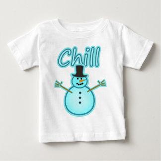 Diseño del invierno de la frialdad del hombre de playera de bebé