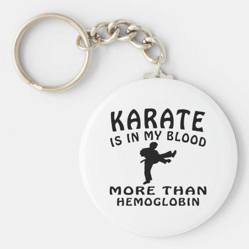 Diseño del karate llavero redondo tipo pin