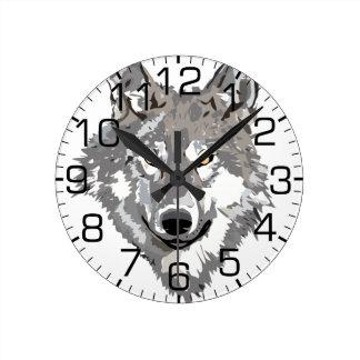 Diseño del lobo gris reloj redondo mediano