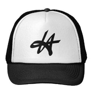 Diseño del logotipo de la etiqueta de la pintada d gorras de camionero