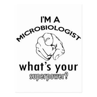 diseño del microbiólogo postal