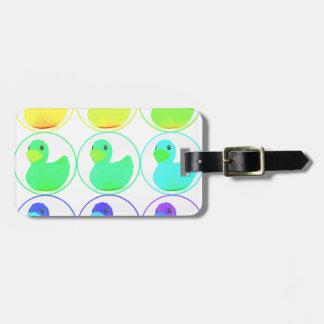 Diseño del modelo de Duckies del arco iris
