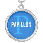 Diseño del monograma de la raza de Papillon Pendiente Personalizado