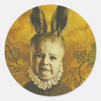Diseño del mutante del conejito del bebé pegatina redonda