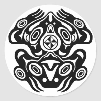 Diseño del nativo americano de la rana pegatina redonda