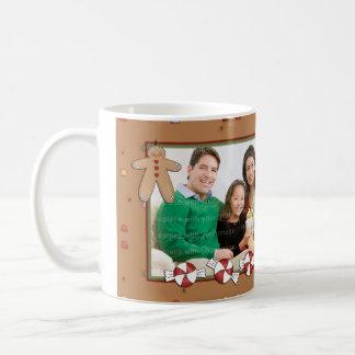 Diseño del navidad del pan de jengibre taza