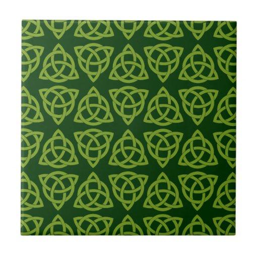 Diseño del nudo de Scandi del Celtic tri Azulejos