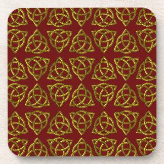 Diseño del nudo de Scandi del Celtic tri Posavasos De Bebida