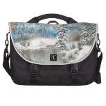 Diseño del país de las maravillas del invierno bolsas para portátil