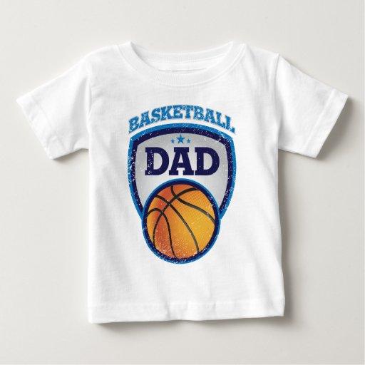 Diseño del papá del baloncesto a mostrar apagado remera