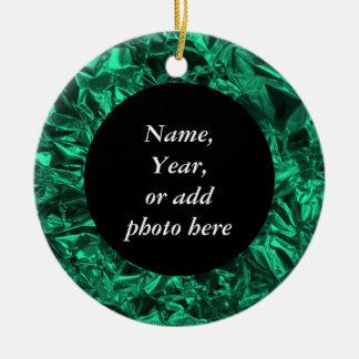 Diseño del papel de aluminio en trullo adorno navideño redondo de cerámica