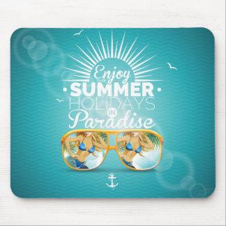 Diseño del paraíso del verano mousepads