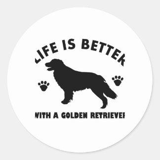 diseño del perro del golden retriever pegatina redonda
