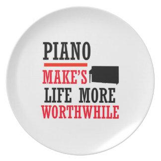 diseño del piano plato para fiesta